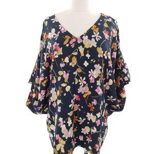 Cabi v-neck floral top